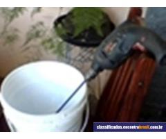 Batedor de argamassa e tinta ( bate 1 saco inteiro de argamassa em até 5 minutos )