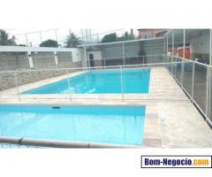 Vende-se Casa de Festas - Campo/Piscina/Churras/Salão - 300m2 (Terreno: 720m2)