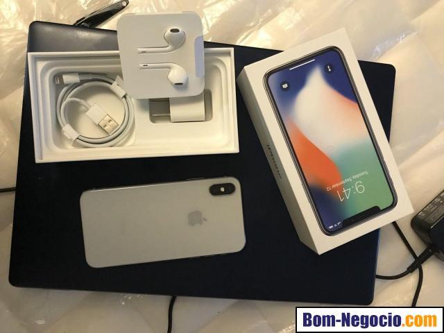 Apple iPhone X 256GB unlocked Smartphone.