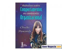 Sessão de autógrafos - Claudia Moscovich
