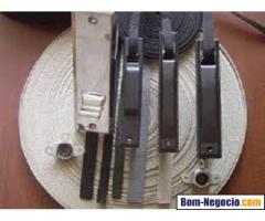 Consertos e Destravamentos de Persianas Externas Alumínio, PVC e Madeira