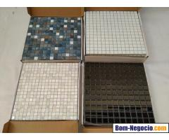 Pastilhas Vidro Glass Mosaic Perola Preta Mesclada Branca em Caixas 10 Placas