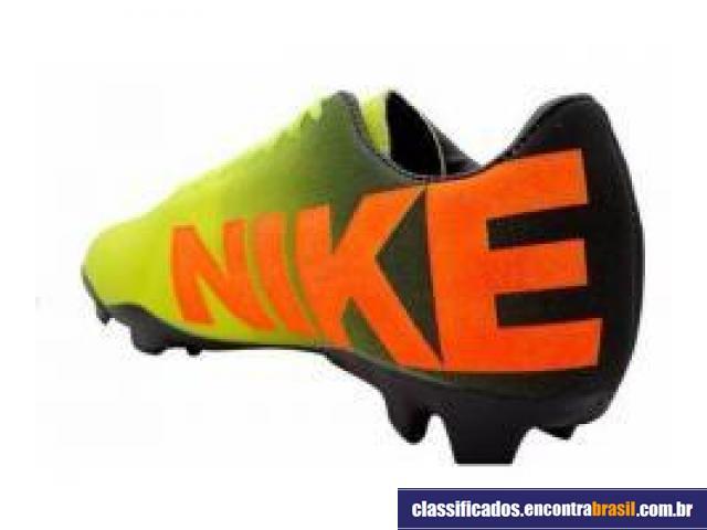Vendo Chuteira Nike Mercurial Preta e Verde Limão Salvador - Bom ... 79f81d5235a15