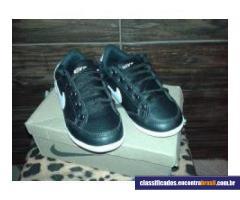 Vendo Sapatênis Infantil Nike