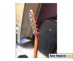 Guitarra golden das antigas em cedro