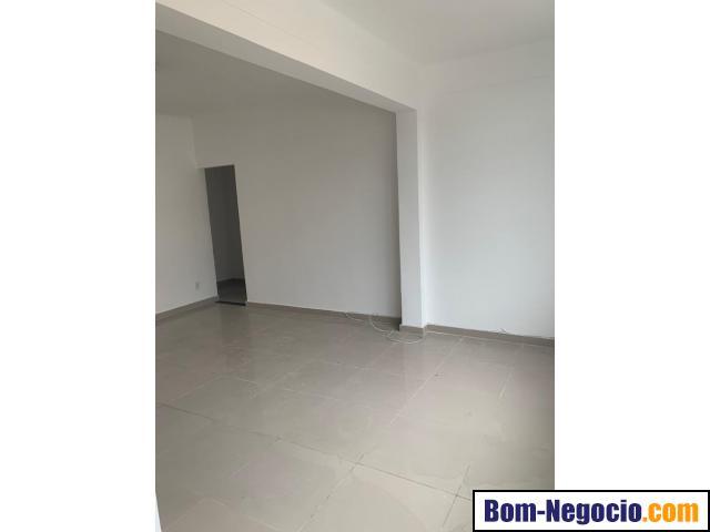 Bom Apartamento à Venda em Olaria