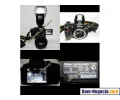 Câmera Nikon D5100+lente Nikon 18-135+flash Triopo Tr982ii