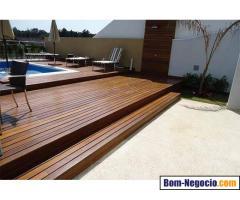 Deck de Madeira Piscina - Jer Alves