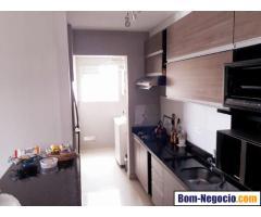 Apartamento a venda no bairro Capão Raso em excelente condomínio
