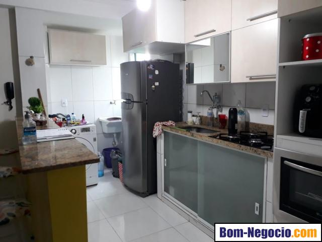 Vendo apartamento Mobiliado á 5 mnts. da Praia Do Pontal - Recreio dos Bandeirantes RJ