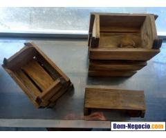 Jogo de caixinhas de madeira