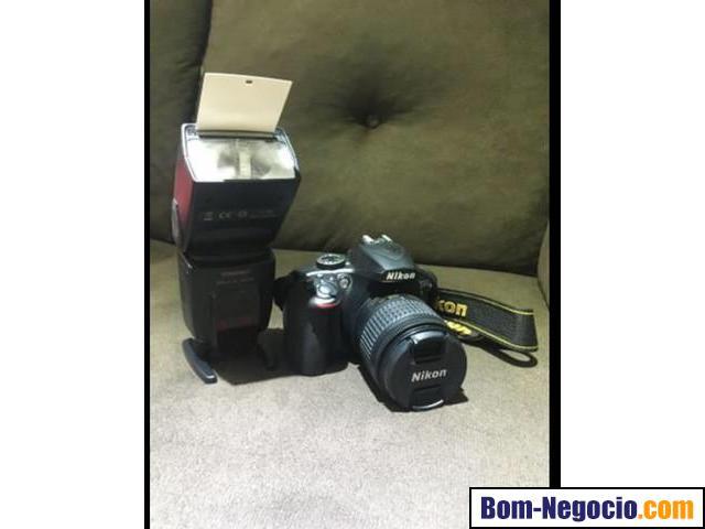 Câmera + Flash + Bateria reserva