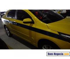 Taxi Cobalt 2016 automático com 11.000 km